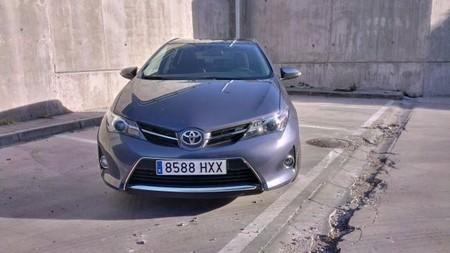 Toyota Auris 2014 con acabado Feel!