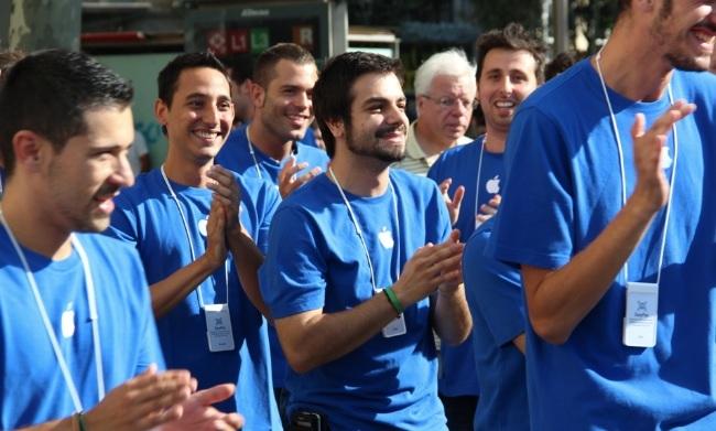 apple store empleados barcelona
