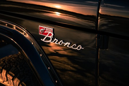 Ford Bronco Por Velocity Restorations 17