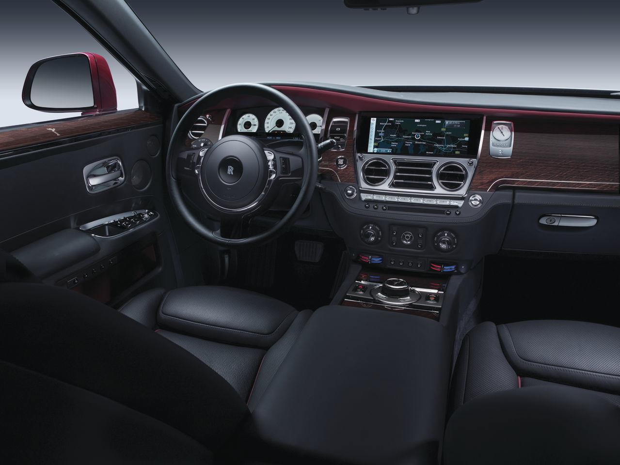 Foto de Rolls-Royce Ghost Series II (12/19)