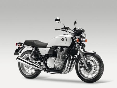 Honda CB1100 doble escape