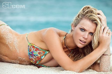 brooklyn-decker-sports-illustrated-swimsuit-2011-10.jpg