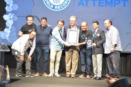 México consiguió en Talent Land el récord Guinness a la clase de software más grande del mundo