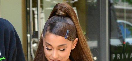 Ariana Grande recupera la horquilla mini de los 90's: ¡bye bye pelos en la cara!