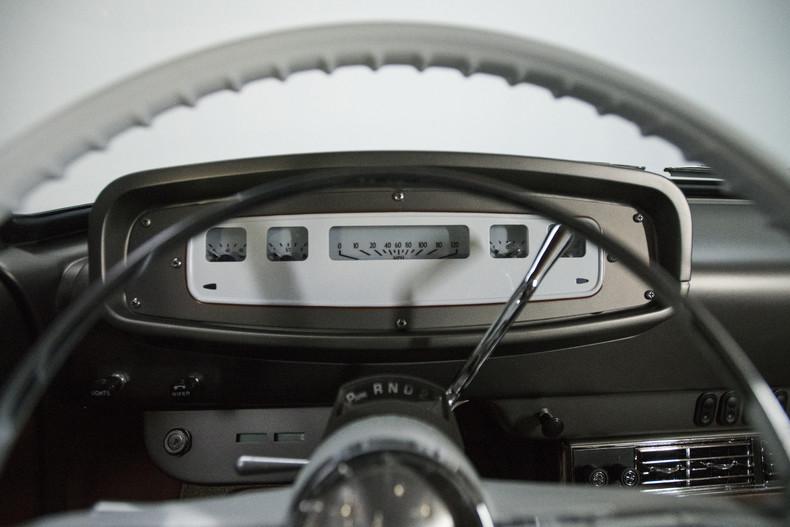 Foto de Dodge D100 restomod (20/30)