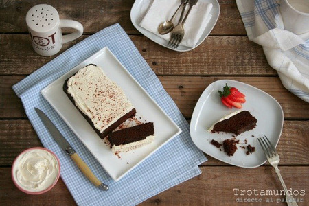 black cake al microondas