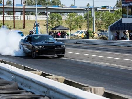 Dodge Challenger Srt Hellcat 2015 1600 19
