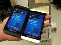 Aparece un teléfono BlackBerry Z10 en color blanco