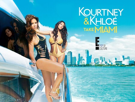 Kourtney y Khloe toman Miami