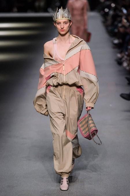 burberry primavera verano 2018 arcoiris london fashion week