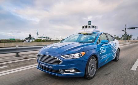 En el coche autónomo, la unión hace la fuerza: así son las seis grandes alianzas automovilísticas que aspiran a ser referencia mundial