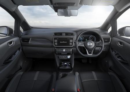 Nissan Leaf 2018 240