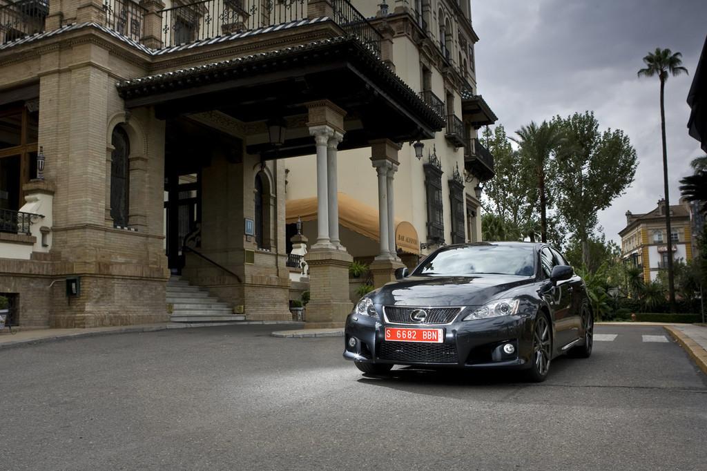 Foto de Lexus IS-F (24/111)