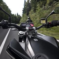 Foto 110 de 111 de la galería husqvarna-nuda-900-y-900r-datos-y-fotos-oficiales en Motorpasion Moto