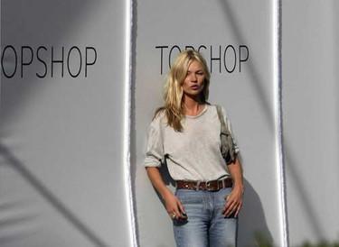 Kate Moss seguirá con Topshop tres años más