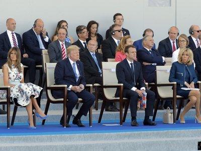 Así de ideales asisten Melania Trump y Brigitte Macron al desfile del 14 de julio