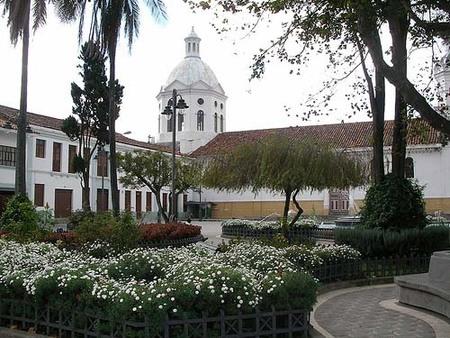 cuenca-plaza