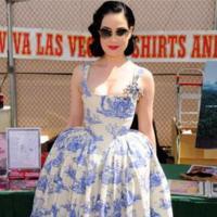 Los vestidos años 50's, una tendencia muy femenina que llevan las famosas