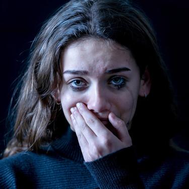 Las autolesiones aumentan entre los adolescentes y comienzan ya a los 12 años