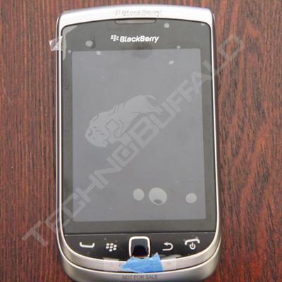 Foto de BlackBerry Torch 2 9810, más imágenes del nuevo híbrido de RIM (22/22)