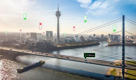 Los coches de Audi ya hablan con los semáforos en Düsseldorf para reducir su consumo y ser más seguros