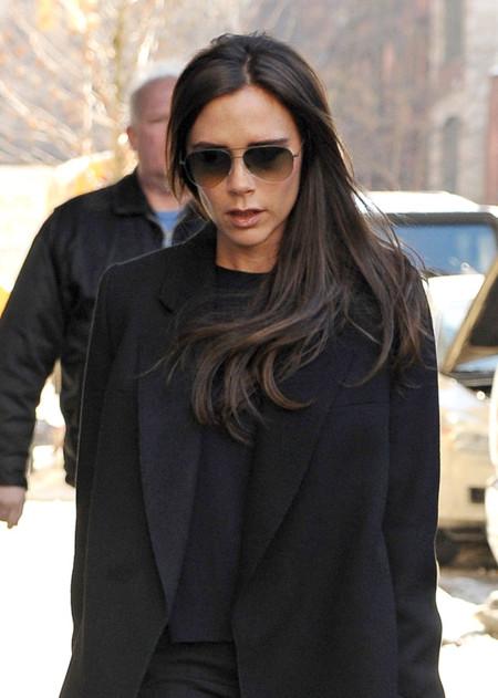 Victoria Beckham niega que cancelase la presentación de su segunda firma, que ya se está vendiendo