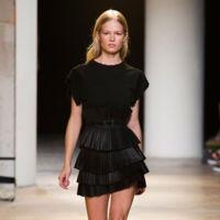 Clonados y pillados: Sfera loves la falda plisada de cuero de Isabel Marant