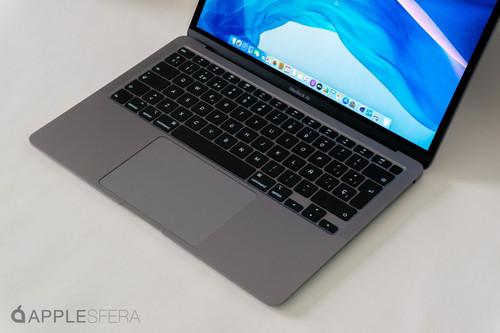 iFixit despieza el nuevo MacBook Air y se encuentra con el teclado tijera en una carcasa 0,5mm más gruesa