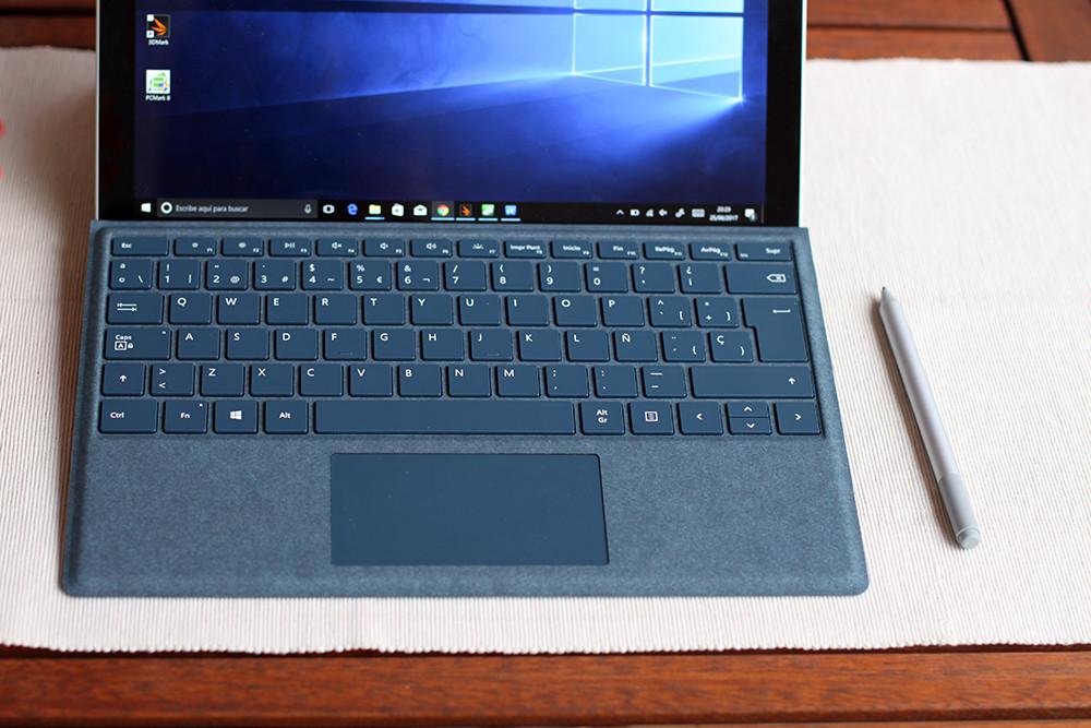 Surface Pro 2017 18