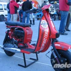 Foto 30 de 51 de la galería 6-horas-de-resistencia-en-vespa-y-lambretta en Motorpasion Moto