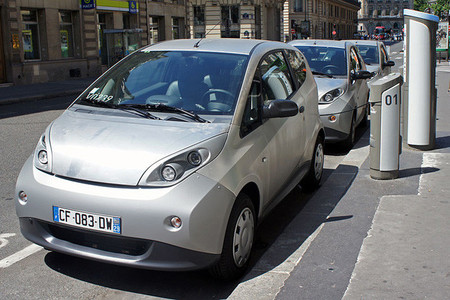 Lyon, otra ciudad francesa que se apunta al 'car sharing' eléctrico