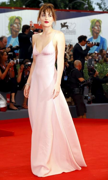 Dakota Johnson Prada Festival Venecia 2015 2