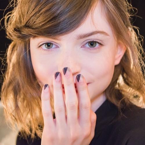 21 tendencias de manicuras ideales  (y 2 muy locas) vistas en la NYFW