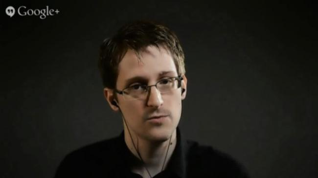 ¿Te preocupa tu privacidad? Snowden desaconseja usar Dropbox, Facebook o Google