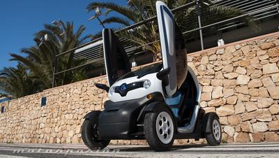 Renault Twizy, presentación y prueba en Ibiza (parte 1)