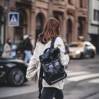 Nueve mochilas con estilo para llevar todo lo necesario al trabajo
