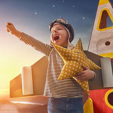 El aprendizaje basado en juegos puede hacer que tu hijo tenga éxito en el colegio y más allá