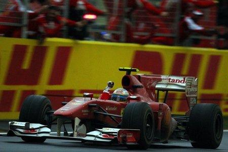 GP de Alemania 2011: primeros libres, Fernando Alonso marca el mejor tiempo