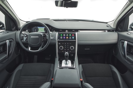 Land Rover Discovery Sport 2019 007