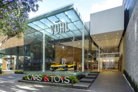 Vūhl abre su primera agencia en México: Conocimos personalmente sus instalaciones y autos