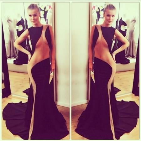 Joanna Krupa vestido transparencias