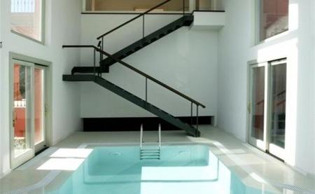 sotogrande-piscina-interior.jpg