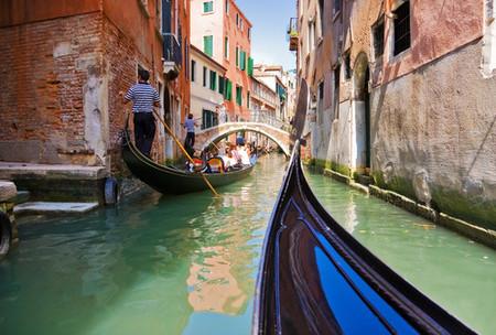 Viajar en góndola por Venecia