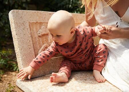 Por qué el algodón orgánico es el mejor amigo de la delicada piel de un bebé