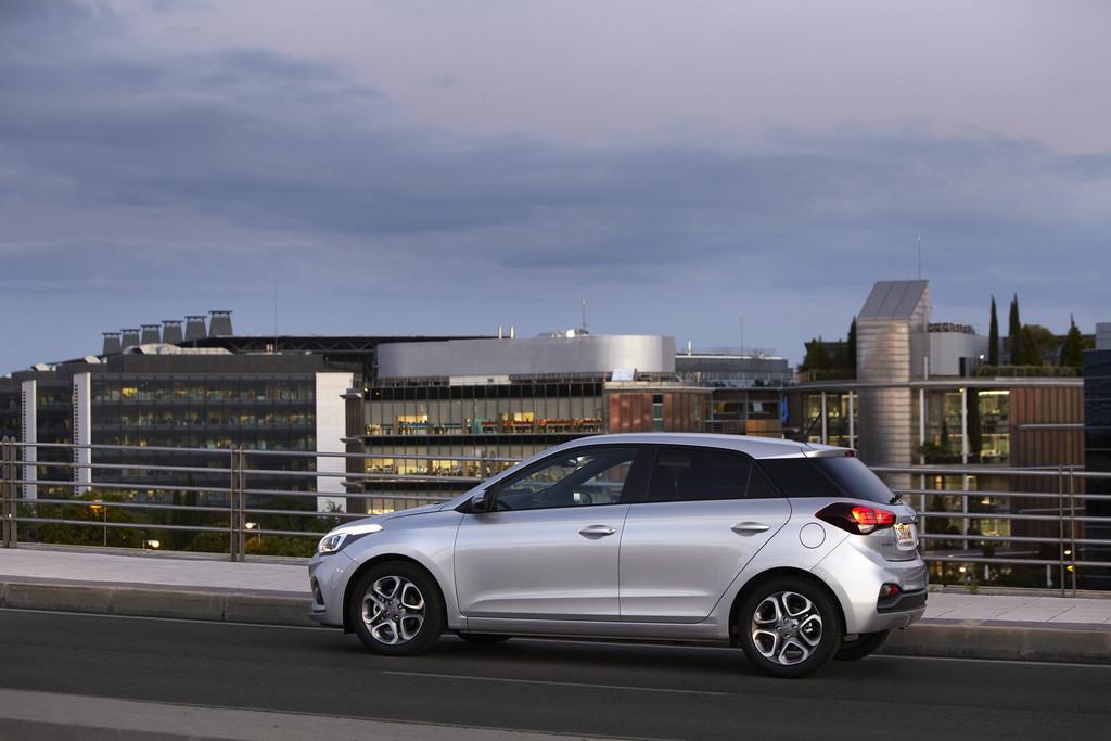 Hyundai i20 lateral trasera