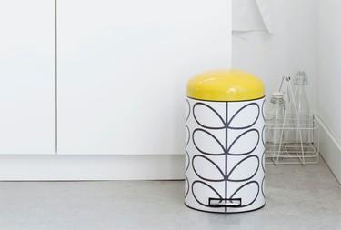 Cómo organizar los residuos en cocinas y baños eligiendo cubos que se integren en nuestra decoración