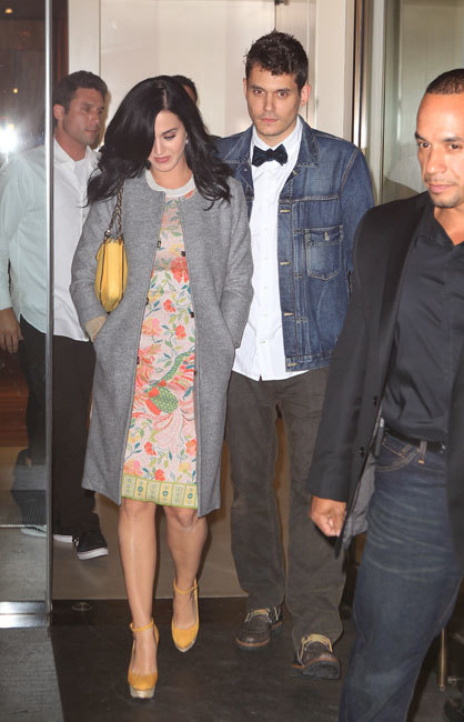 Y van dos, Katy Perry y John Mayer lo vuelven a dejar