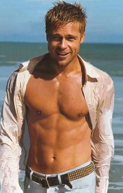 Pellizcar el culito de Brad Pitt...