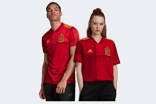 Cupón de descuento del 20% en Adidas: camisetas de la selección española por 36 euros, chaquetas por 31 euros o sudaderas por 28 euros