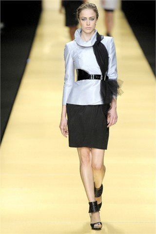 Foto de Karl Lagerfeld en la Semana de la Moda de París Primavera-Verano 2009 (19/32)